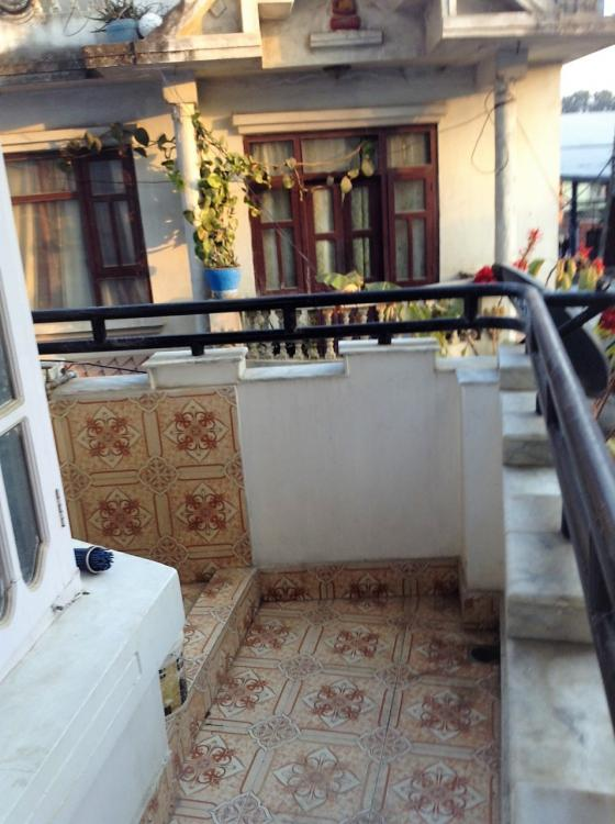 kitchen  pic 2-balcony